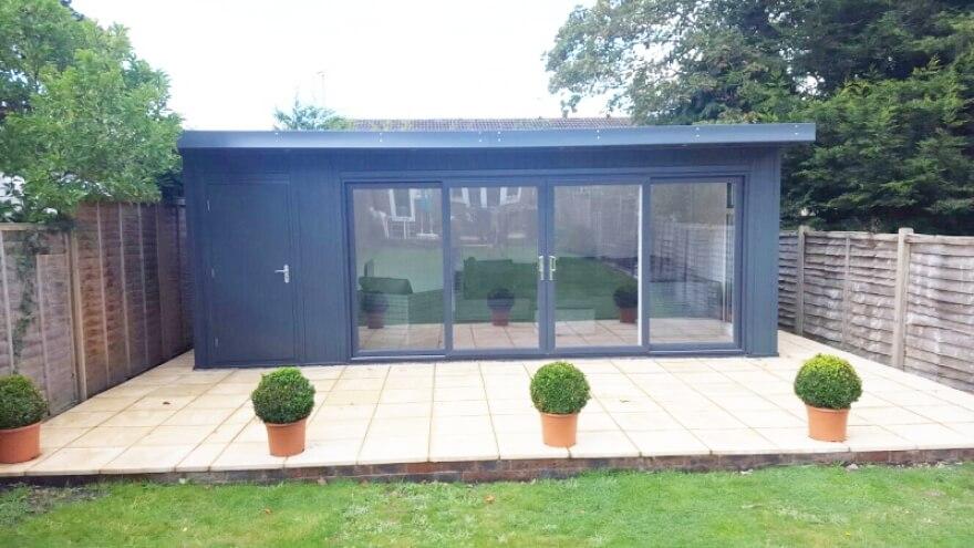 17x13 + 6x13 Combination garden room with UPVC doors in RAL 7016
