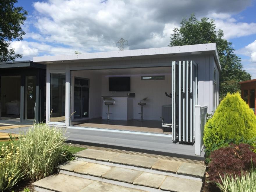 18 x 12ft garden room with colour matching aluminium bi-folding doors in 'Signal Grey'