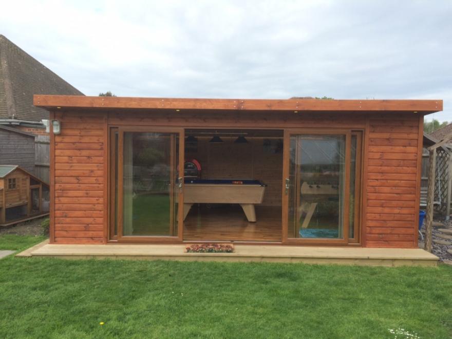 20 x 14 garden room with 4,2m UPVC sliding doors