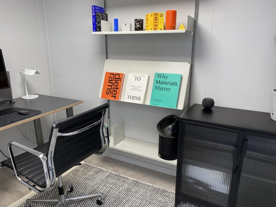 2.9x1.9 small garden office in Kent