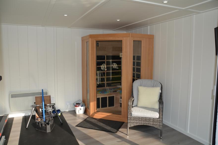 2 man sauna in a summer house Horsham West Sussex