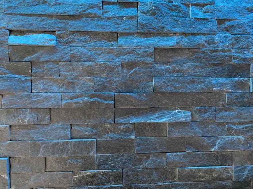 black quartz sparkle split faced tiling