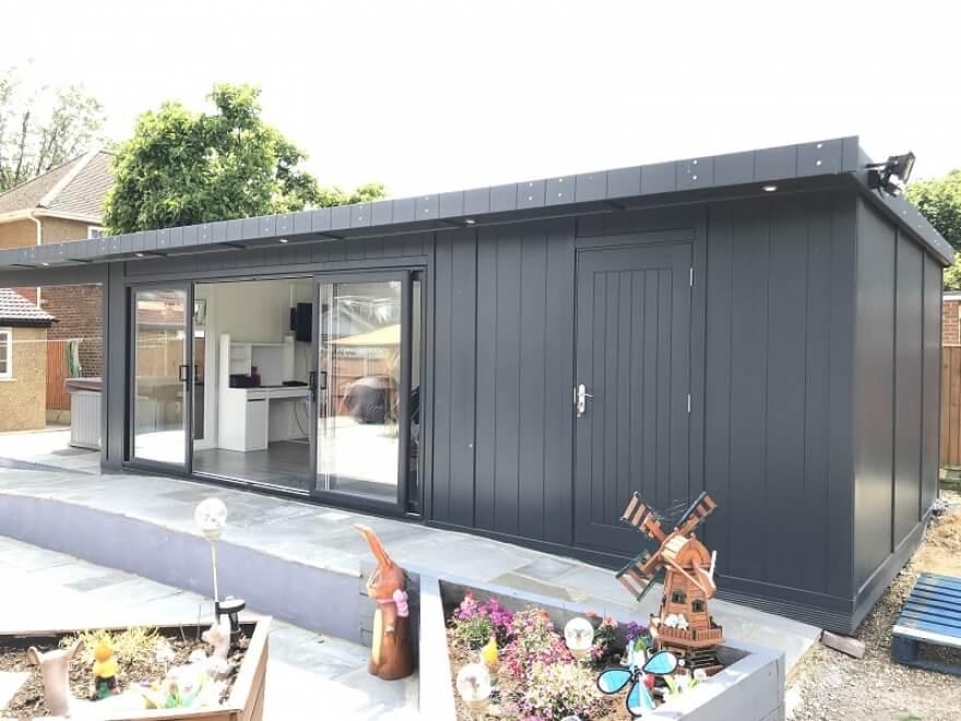 Combination summerhouse Chessington Surrey