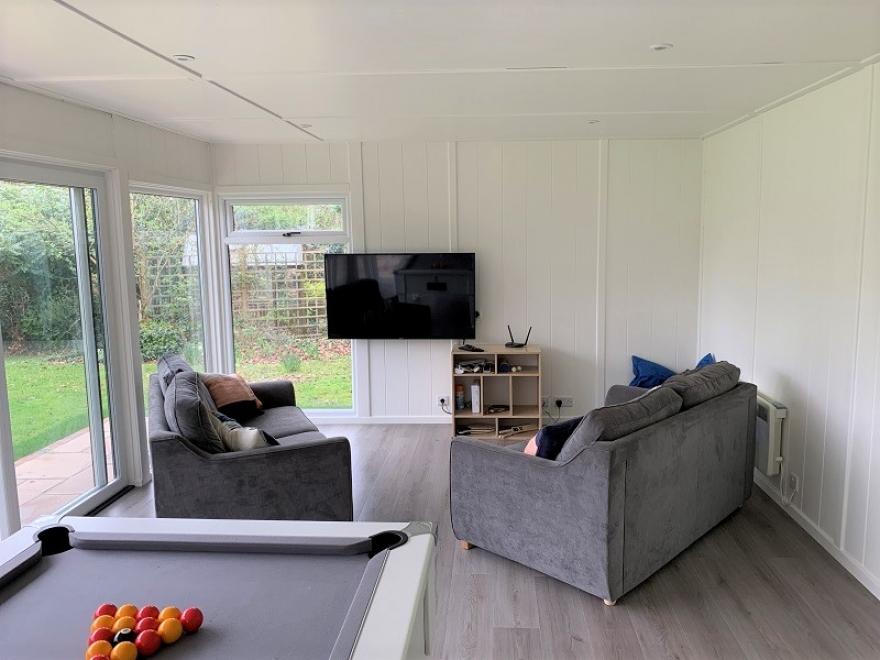 Games Room / Lounge/ Garden Room in Sevenoaks