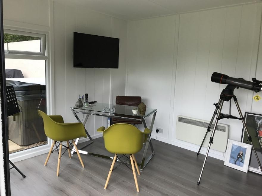 Large garden office Caterham Surrey