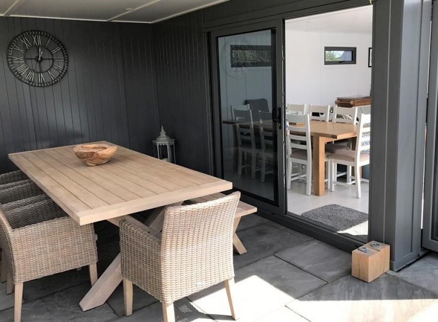 ultimate pool-side summerhouse south UK