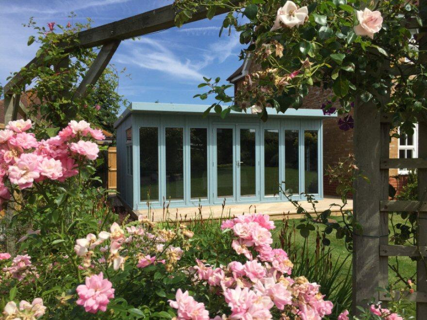 Kite garden room