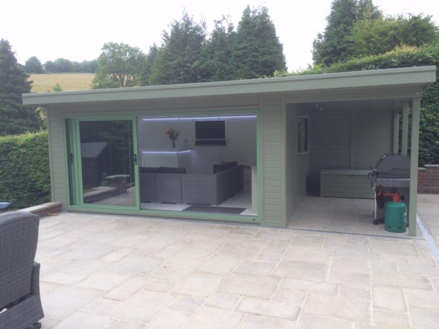 Garden room with side canopy in Caterham Surrey