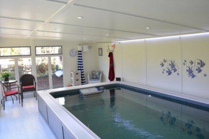Endless pool rooms
